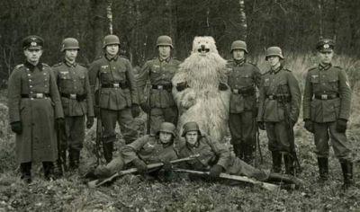 Pózující vojáci