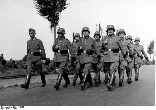 Schutzpolizei ve Francii, 1940