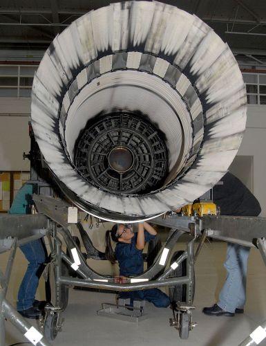 Pratt & Whitney F100-PW-220