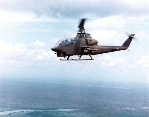 Bell AH-1G Cobra nad Vietnamem