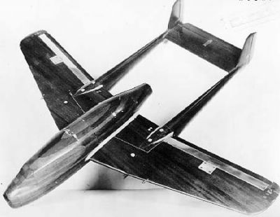Maketa letounu XP-59