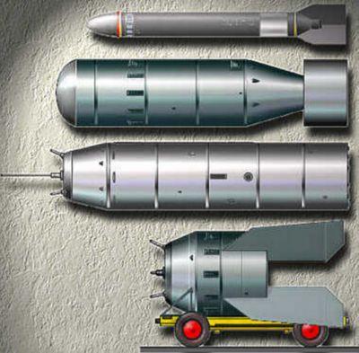 Modely nacistických atomových bomb pro plastikové modeláře