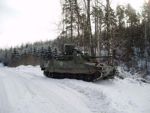 CV9040 AAV ve švédských službách