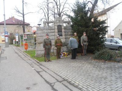 Položení květin za Český svaz bojovníků za svobodu
