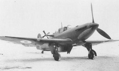 """Tažný"" letoun Defiant TT Mk III určený pro vlekání cvičných terčů"