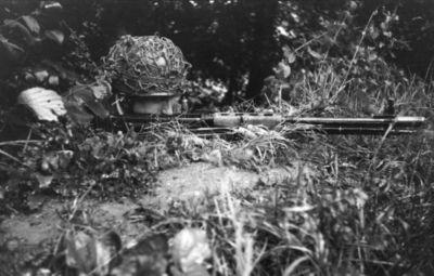 FG 42 (Fallschirmjägergewehr 42)