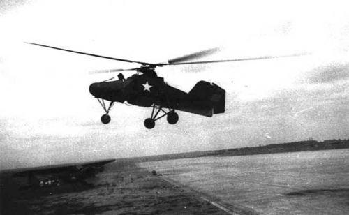 Flettner Fl 282 během letových zkoušek v USA