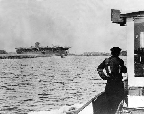 Graf Zeppelin na fotce ze září 1945