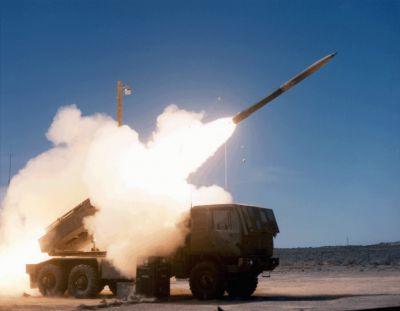 Odpálení 227mm rakety z prototypu raketometu HIMARS