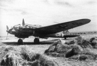 Od verze He 111H-11 disponoval letoun uzavřeným hřbetním střelištěm