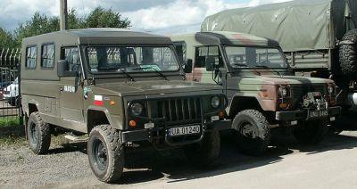 Honker 200 (vlevo) a Honker 2324 (vpravo)