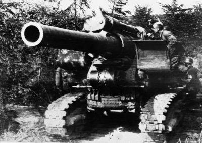 Obsluha 203mm houfnice B-4 nebyla jednoduchá