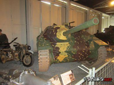 Jagdpanzer 38 (t) (Sd.Kfz. 138/2) přezdívaný Hetzer