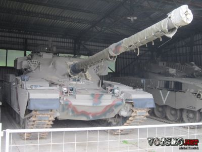 britský tank Khalid (Chieftain FV 4030/2)