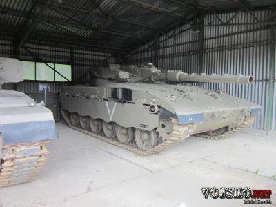 Tank Merkava Mk.1 vystavený v Lešanech