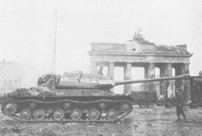 Sovětský těžký tank IS-2