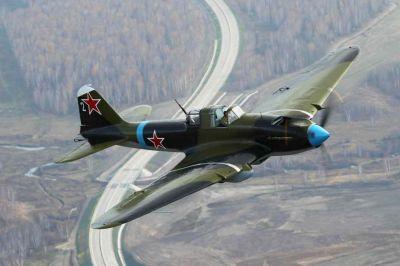 Zrekonstruovaný letoun Il-2M3 nadace The Flying Heritage Collection je jediný Šturmovik, který dnes na světě létá