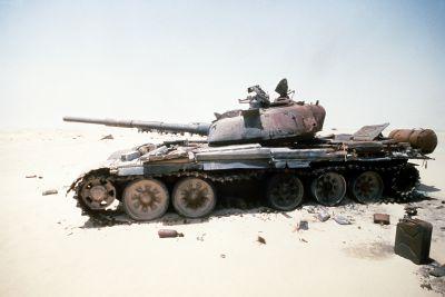 Irácký T-72 během války v zálivu