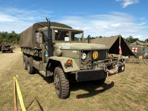 Kaiser M35A1