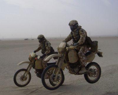 Japonský motocykl Kawasaki M1030 speciálních sil USA