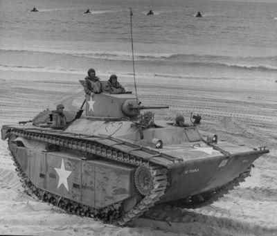 Obojživelný tank LVT(A)-1 vyzbrojený 37mm kanonem M6