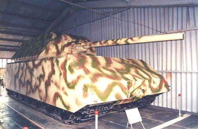 Supertěžký tank Maus v ruském muzeu Kubinka