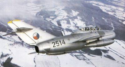 Dvoumístný cvičný MiG-15UTI, varianta slavné proudové stíhačky MiG-15