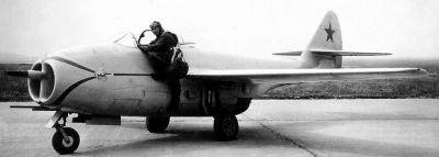 Prototyp letounu MiG-9, první sériové proudové stíhačky kanceláře OKB MiG