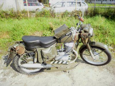 """Československý motocykl Jawa 250-579 """"Švéďák"""" (foto: Lukáš Visingr)"""