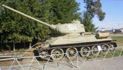 Tank T-34/85 vystavený ve vyškovském muzeu