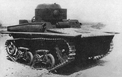 Plovoucí tank T-37A z jedné z prvních výrobních sérií