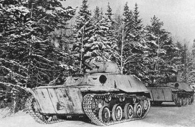 Lehké plovoucí tanky T-40 zachycené na východní frontě v roce 1942