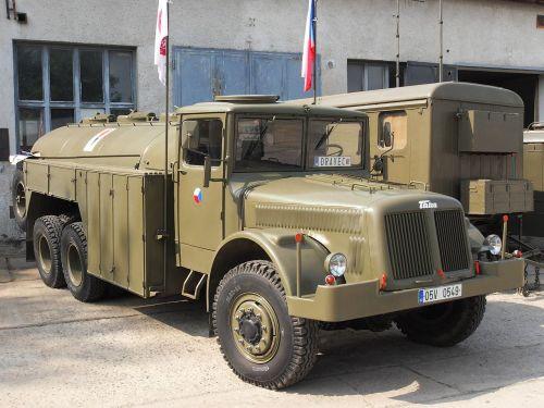 Tatra 111 C, depozitář TMB v Řečkovicích, Brno