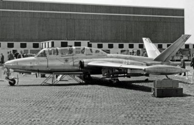 CM.170 na Paris Air Show v květnu 1957