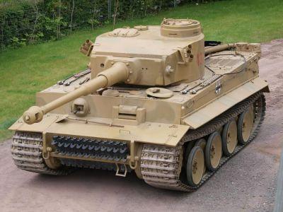 Panzerkampfwagen VI Tiger (též PzKpfw VI, Tiger ausf.E či SdKfz 181)