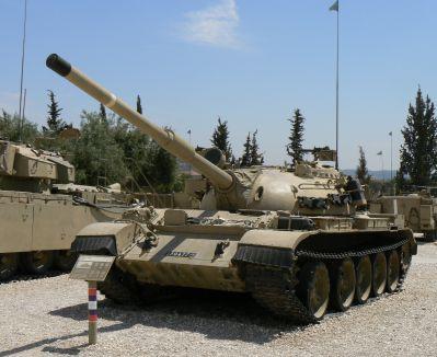 Tank Tiran 5 vzniklý modernizací ukořistěného T-55 (foto: Michal Mádl)