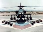 Ah-64_ground_with_weapons_28cropped29.jpg