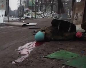 zastřelený demonstrant (Majdan)