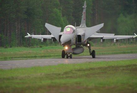 Saab J-39 Gripen 02